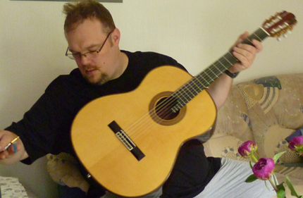 Richard Smith with Guitarras Calliope, Modelo Orfeo